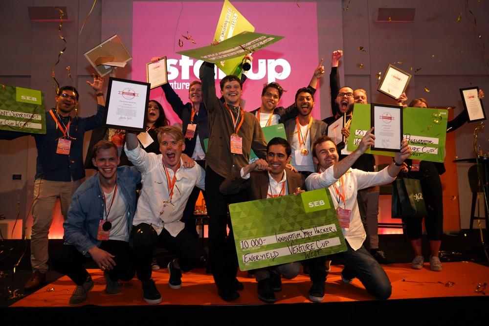 Gruppbild på samtliga regionala vinnare i Venture Cup Väst. Foto: Eric Johansson & Axel Emanuelsson