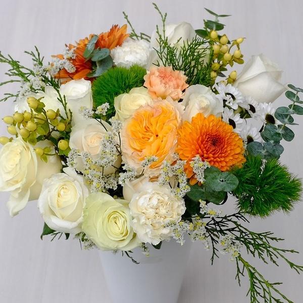 Signature Bouquet Box - December weeks 3-4
