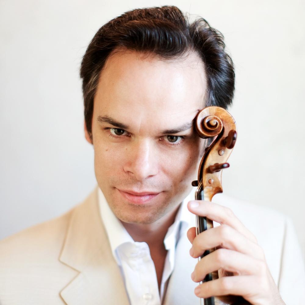 Benjamin Schmid är violinsolist i Stora Konsertserien 2016/2017 den 2 mars på Karlstad CCC.