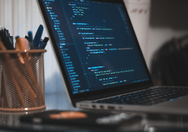 The Revolutionary Growth Rate of Python and R in 2019