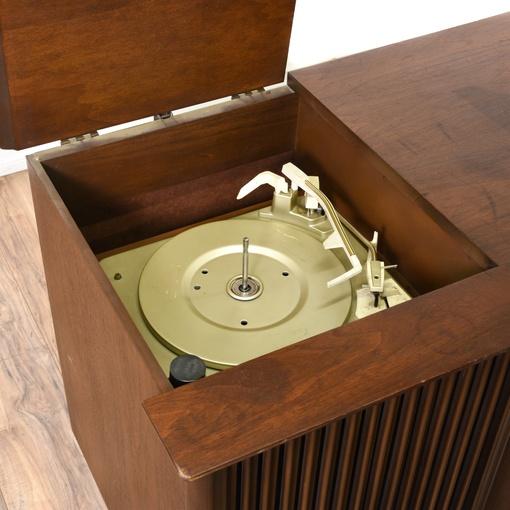 Vintage stereo los angeles properties leaves