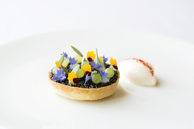 Exmoor caviar tart, cucumber, yuzu, crème fraÁ®che