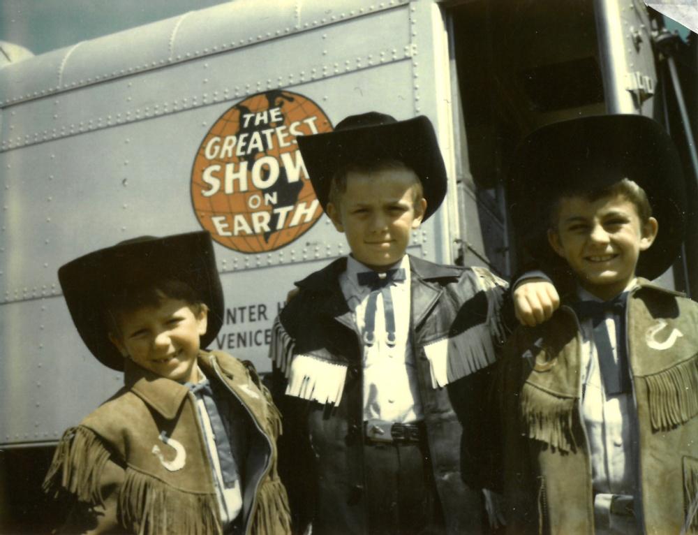 Syskonen Rhodin på turné i Chicago 1965. Från vänster Diana, Trolle Jr och Carlo. Originalfotot tillhör Diana Rhodin.