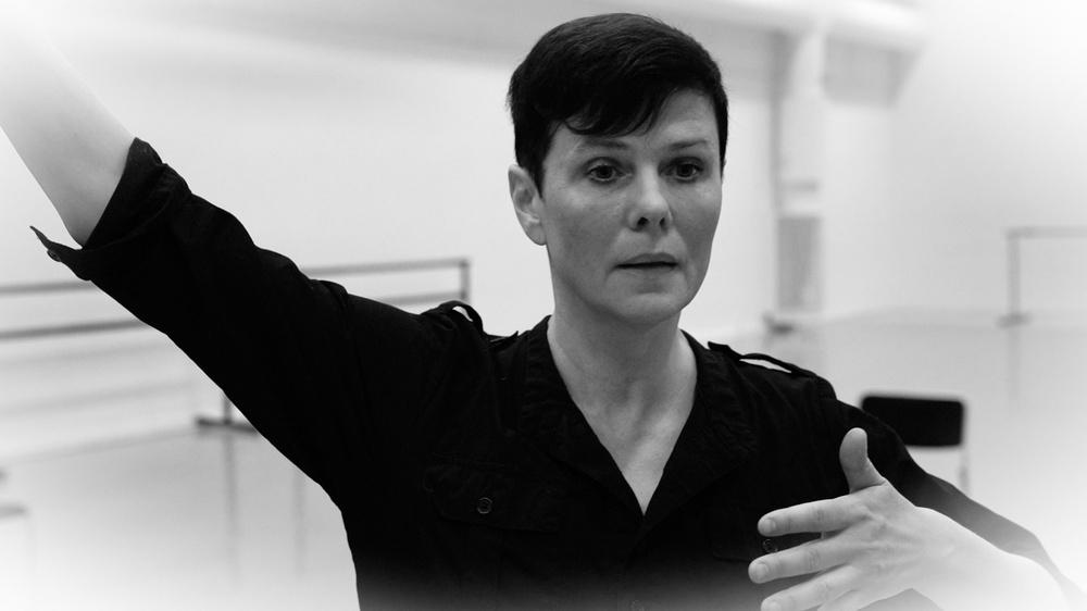 """I """"Inre rum"""" samarbetar koreografen och dansaren Teresia Björk och musikern/kompositören Matti Bye. Foto: Magnus Skoglöf"""