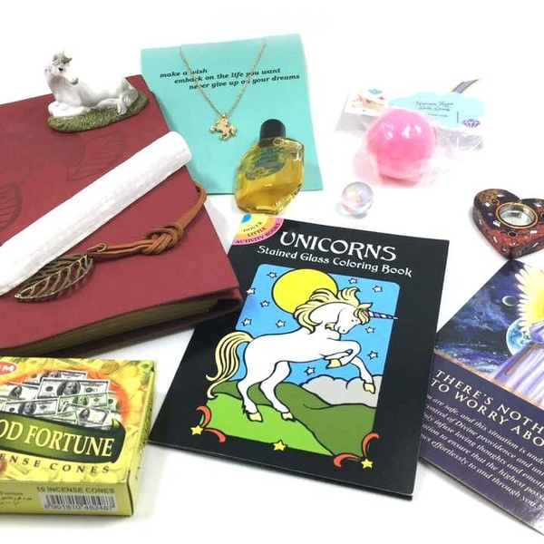 The Lady of Light Deluxe Goddess Box: Virgin Mary