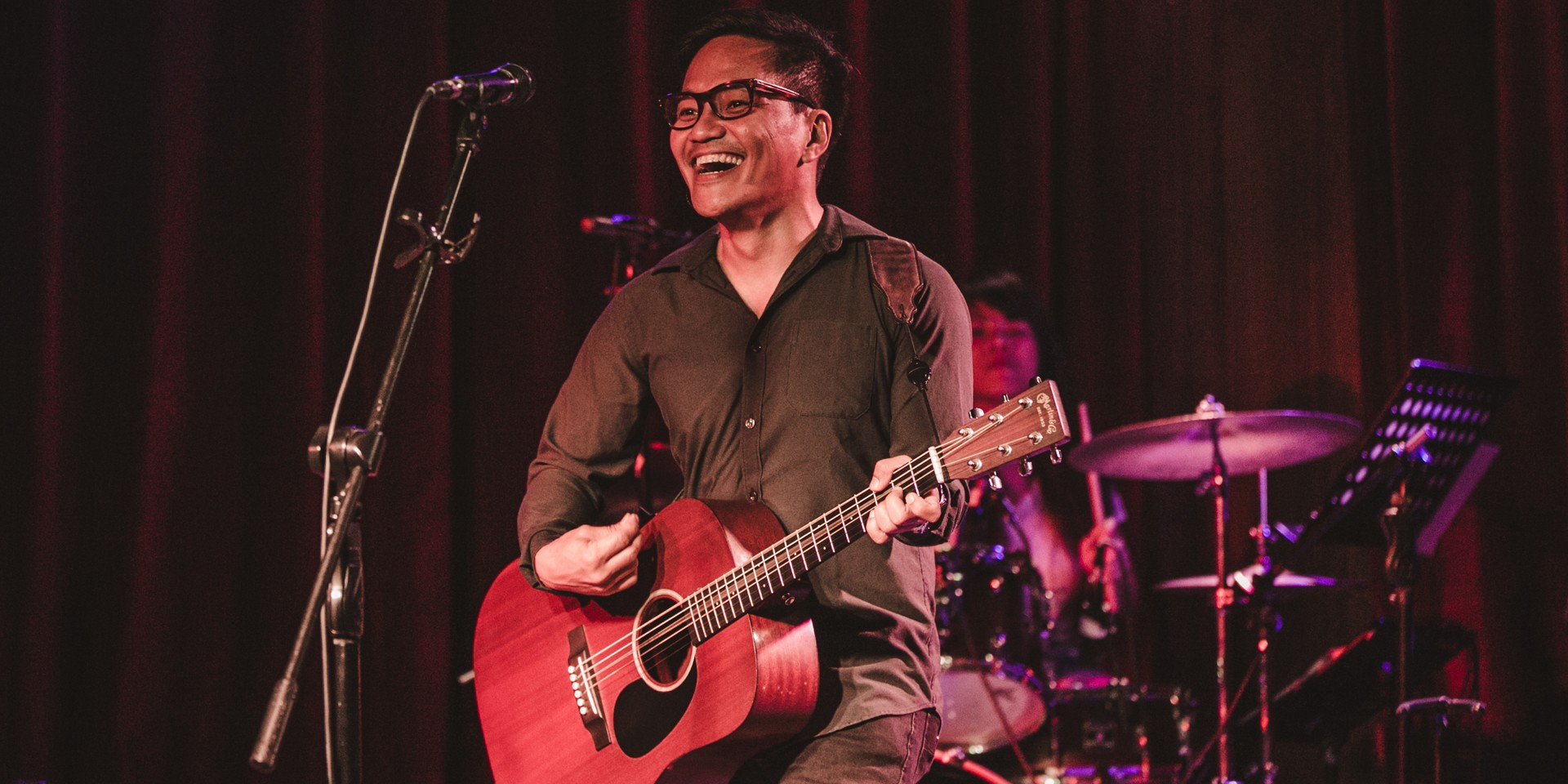 """""""Rico Blanco and I are working on songs."""" Ebe Dancel signs with Widescope Entertainment, updates fans on new music"""