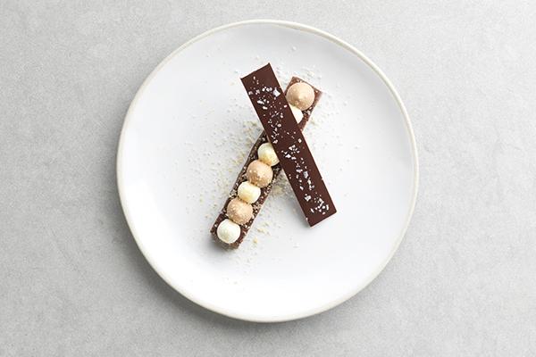 Chocolate nougatine