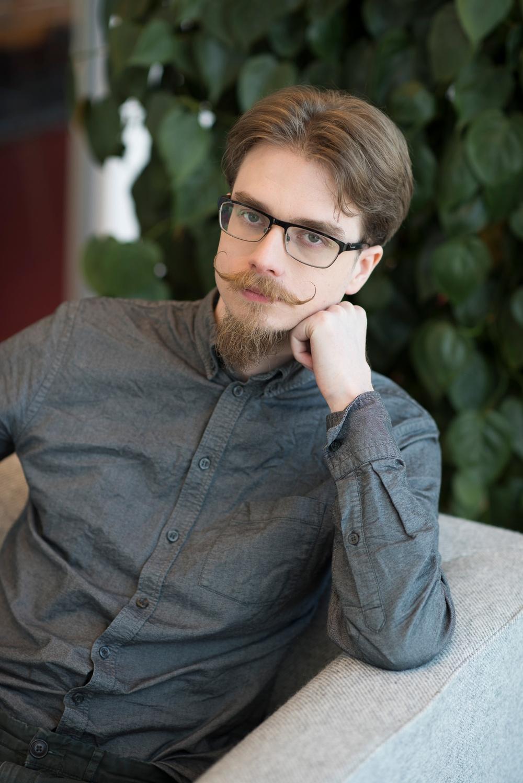 Rikard Molander, Analyst