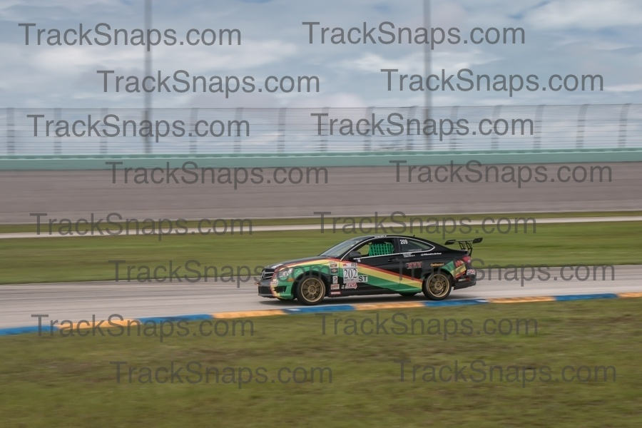 Photo 1225 - Homestead-Miami Speedway - FARA Memorial 50o Endurance Race