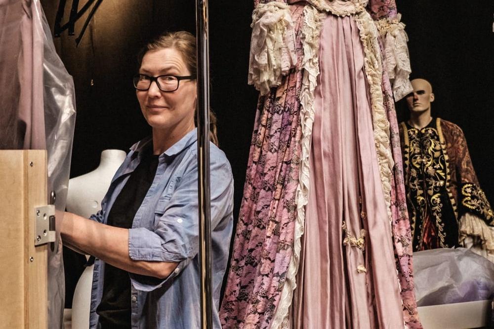 Anna Bergman Jurell, curator för utställningen Bergman – lögn och sanning. Foto: Jonas André