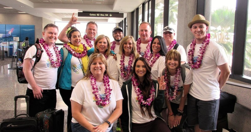 Classic orchid lei greeting honolulu airport oahu leigreeting m4hsunfo