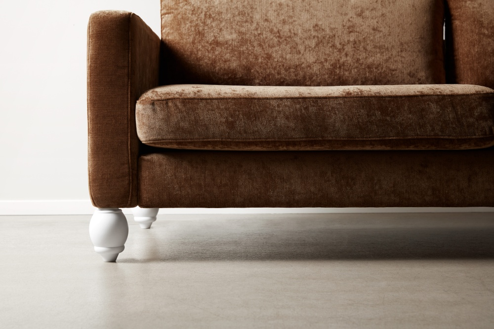 Bemz cover for IKEA Karlstad sofa in Acorn Zaragoza Vintage Velvet by Designers Guild. Maxwell Ryan x Bemz by Apartment Therapy legs, model: Winston 14cm in Absolute White.