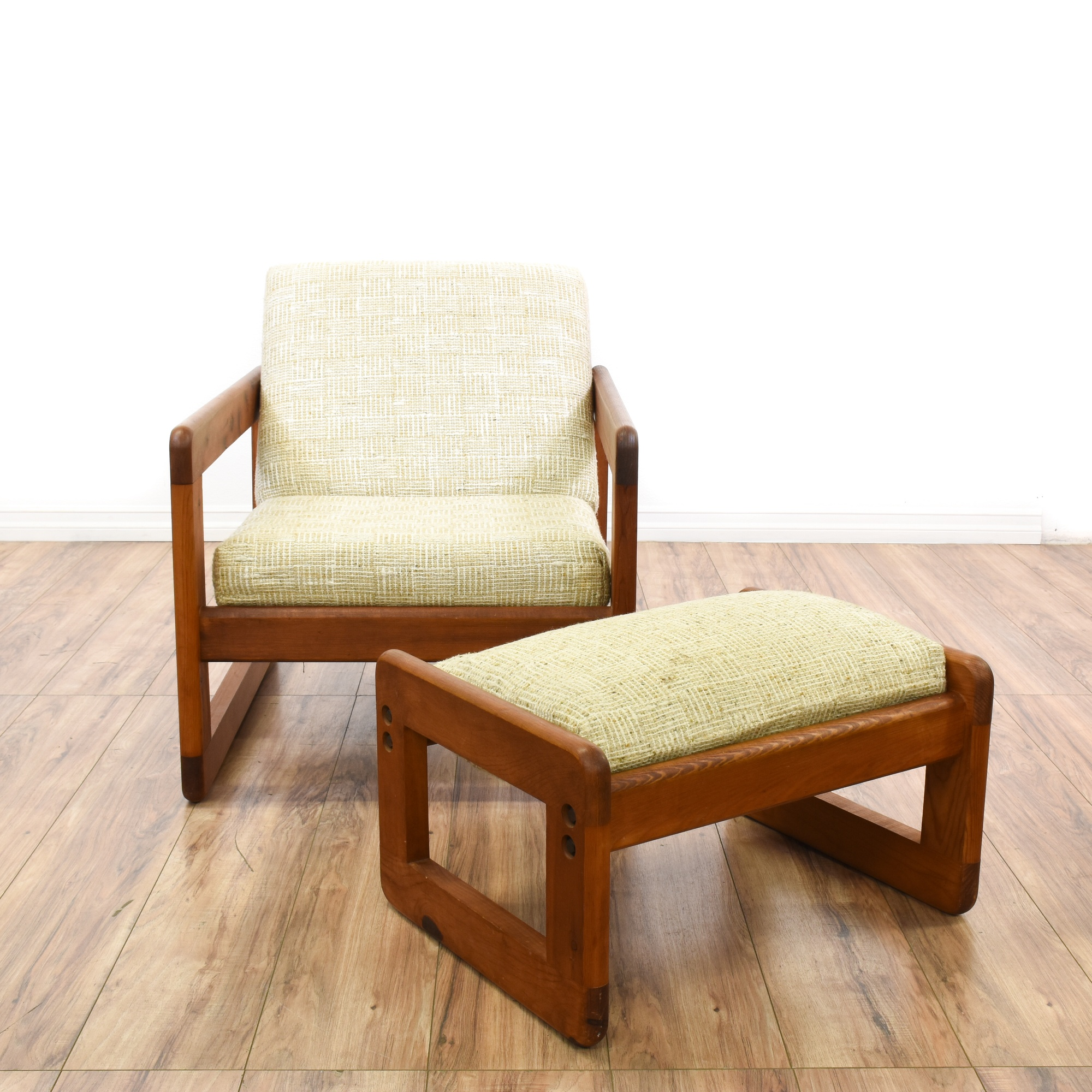 Wood Square Frame Accent Chair Amp Ottoman Loveseat