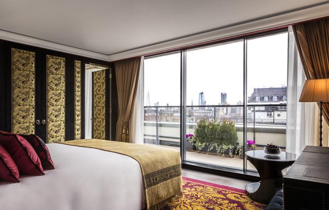 loscar-room 703-bedroom 1