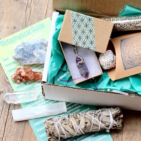 Summer 2018 Crystals, Herbs, and Jewelry Box