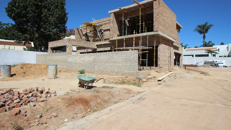 Building progress / Exterior