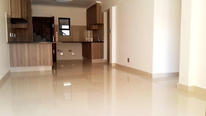 Interior/Kitchen/Livingroom