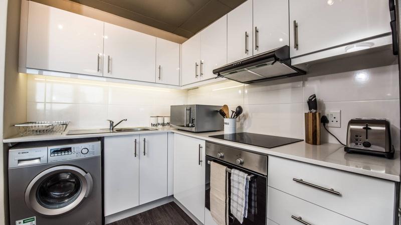 Unit 503 kitchen