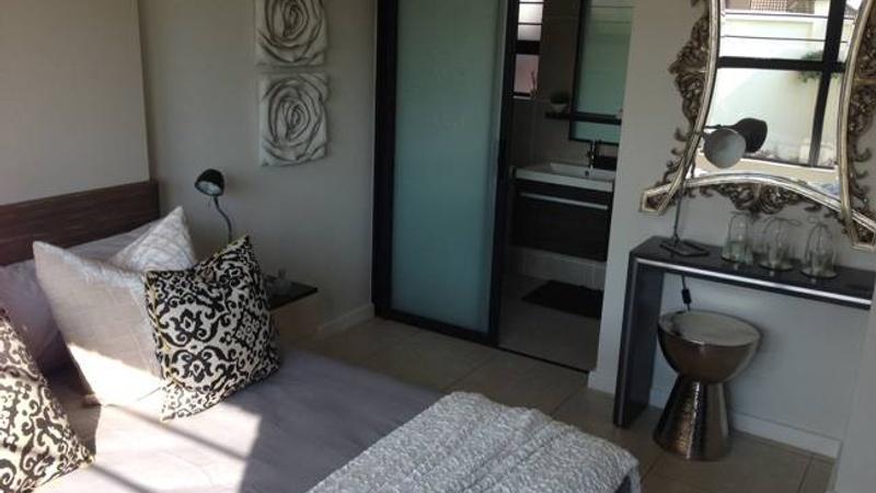 Interior / Bedroom