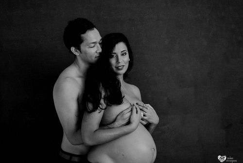 Shahra Maternity Shoot // In Studio