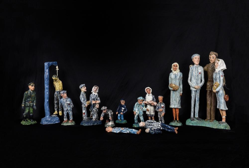 Att gå vidare efter Ravensbrück, miniutställning med Inger Gulbrandsens lerdockor på Kulturen i Lund 6 oktober 2019 till 31 mars 2020. Foto: Viveca Ohlsson, Kulturen