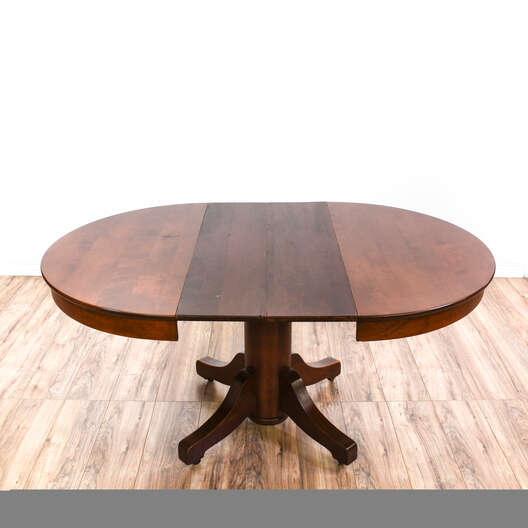 Traditional Dining Table w/ Two Leaves