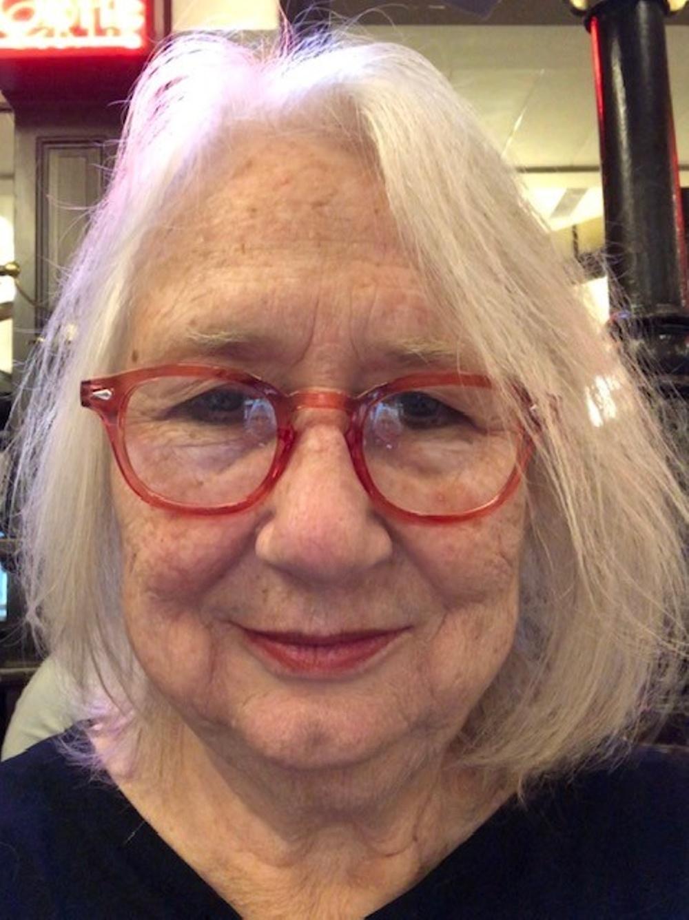 Renée Höglin, författare och journalist, till boken