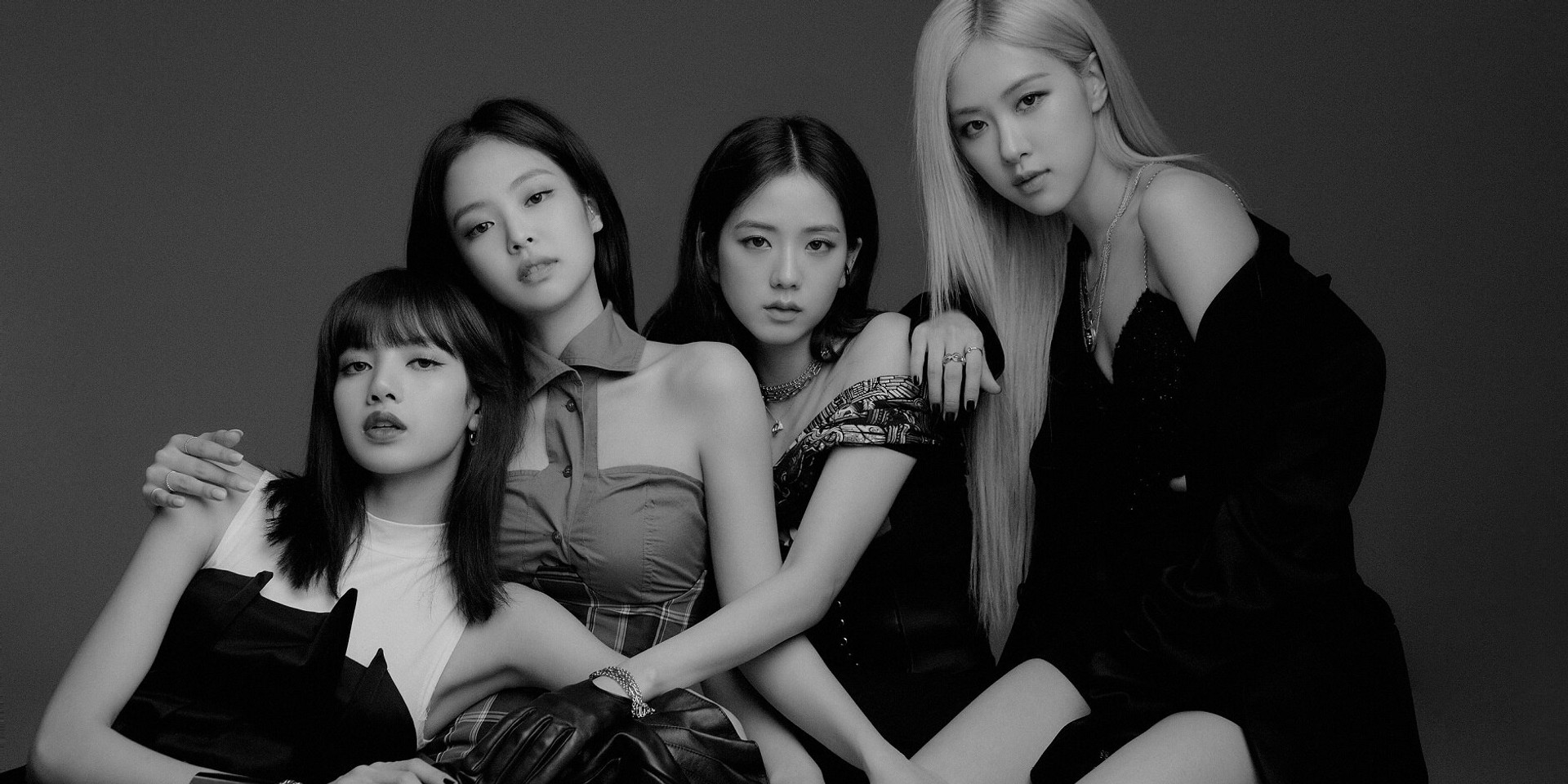 BLACKPINK to join Weverse this August