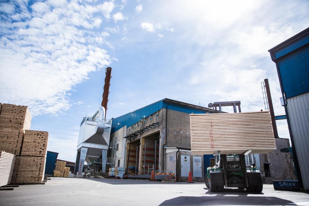 Timber trävaror truck Derome