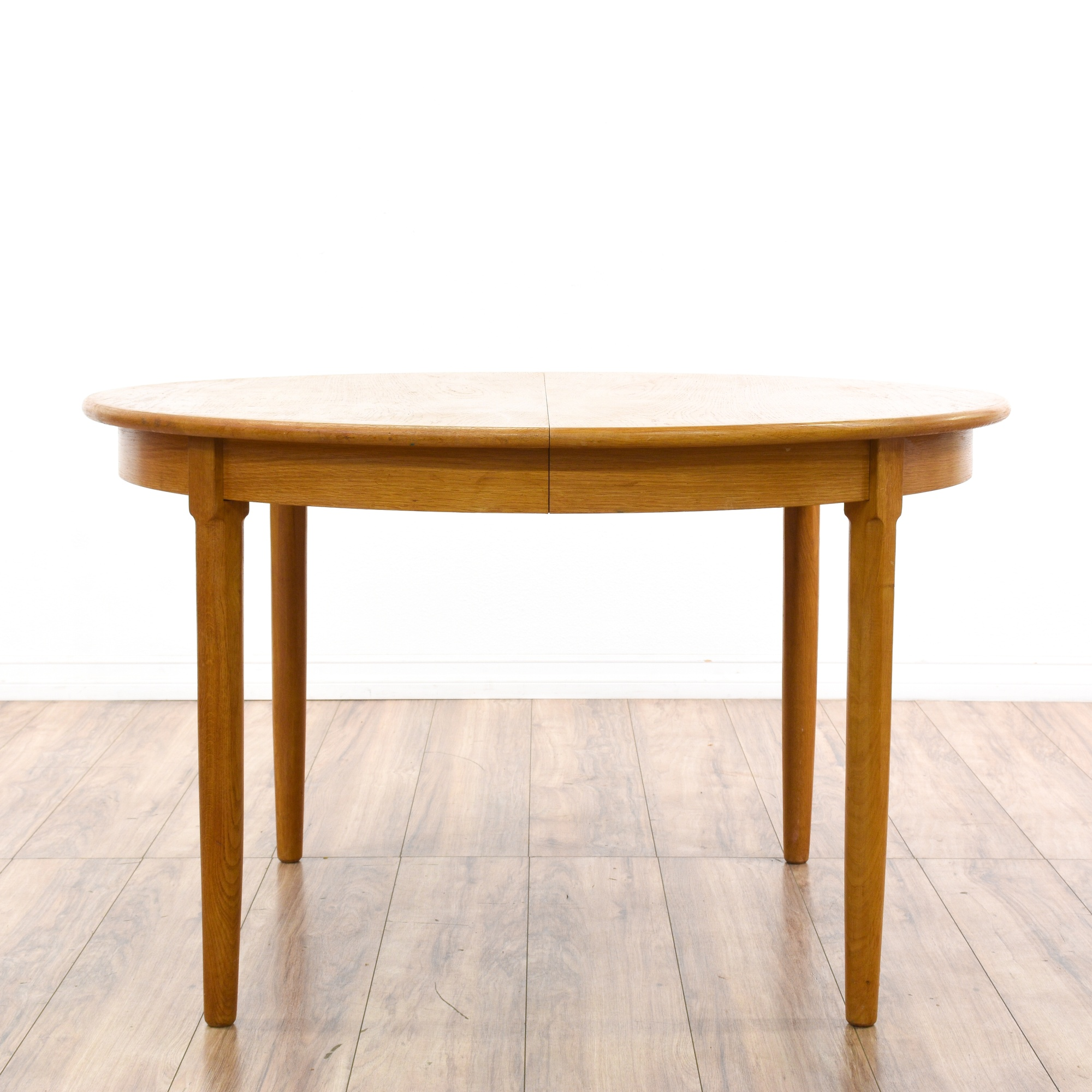 Mid century modern round dining table w 2 leaves for Mid century round dining table