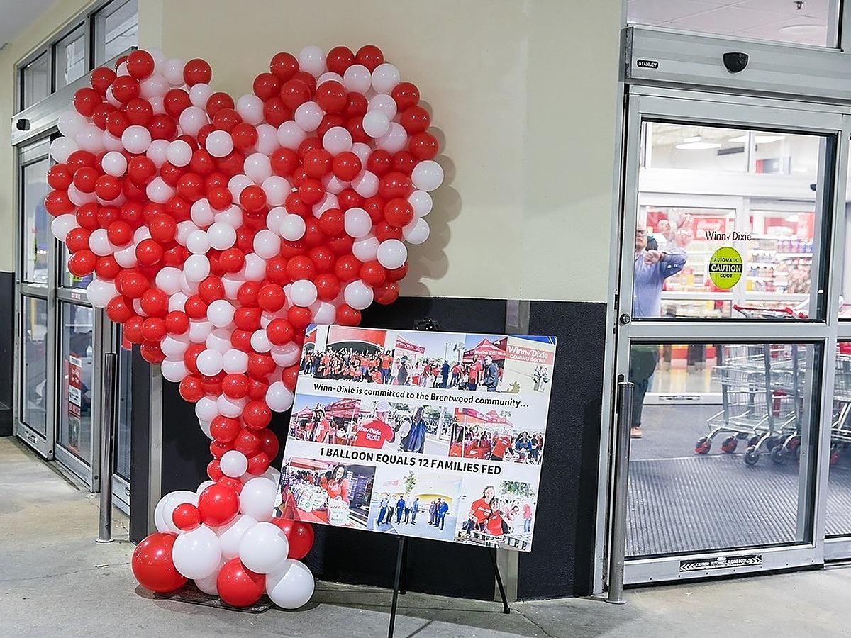 organic balloon heart grand opening winn dixie