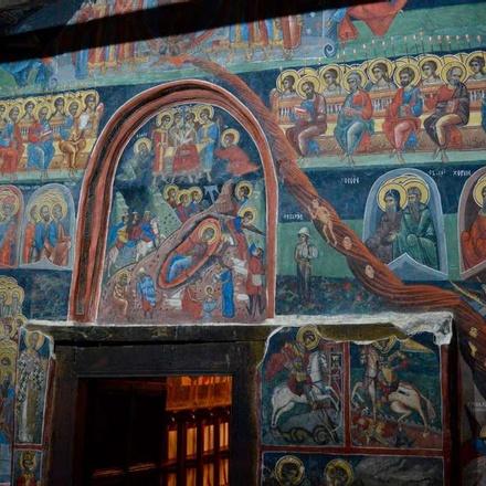 Arbanassi Church murals