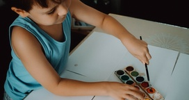 Should Nannies Be to Blame When Kids Fail in School?