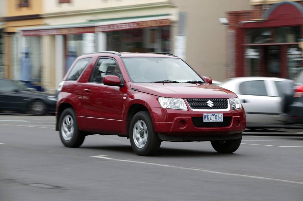 2009 Suzuki Grand Vitara specifications and pictures