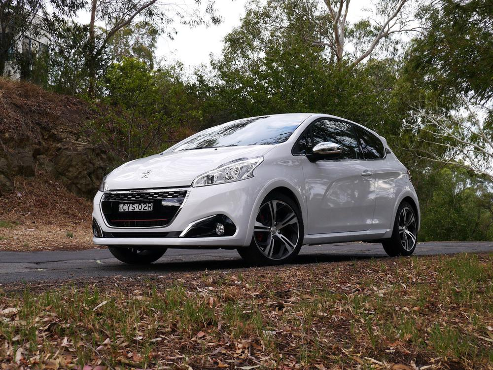 2016 Peugeot 208 Gti Review Like A Rat On Speed