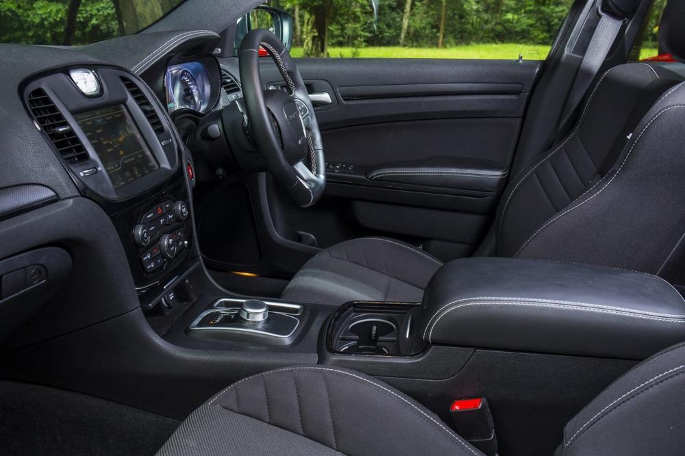 Ford Mustang GT v Holden Commodore SS-V v Chrysler 300 SRT