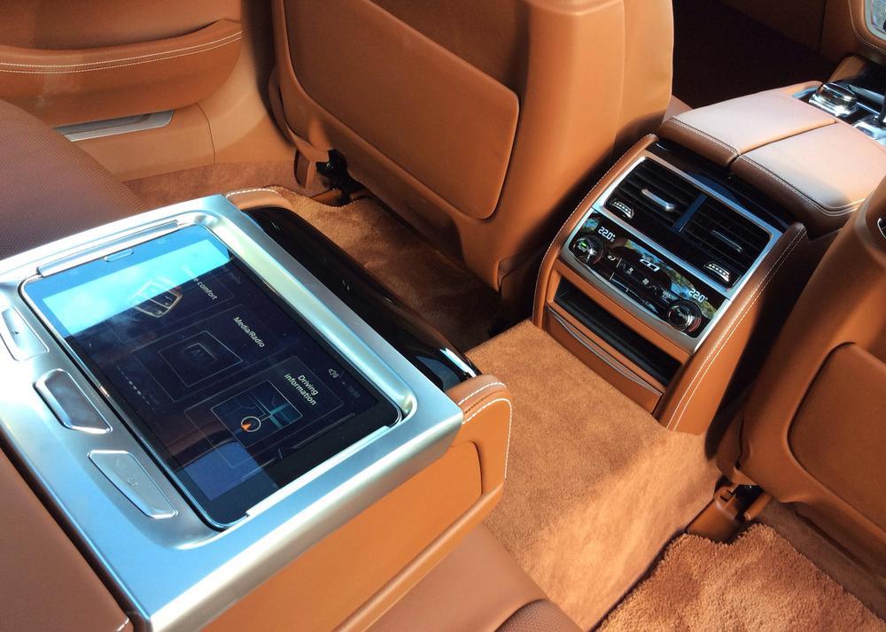 0 BMW 740LI