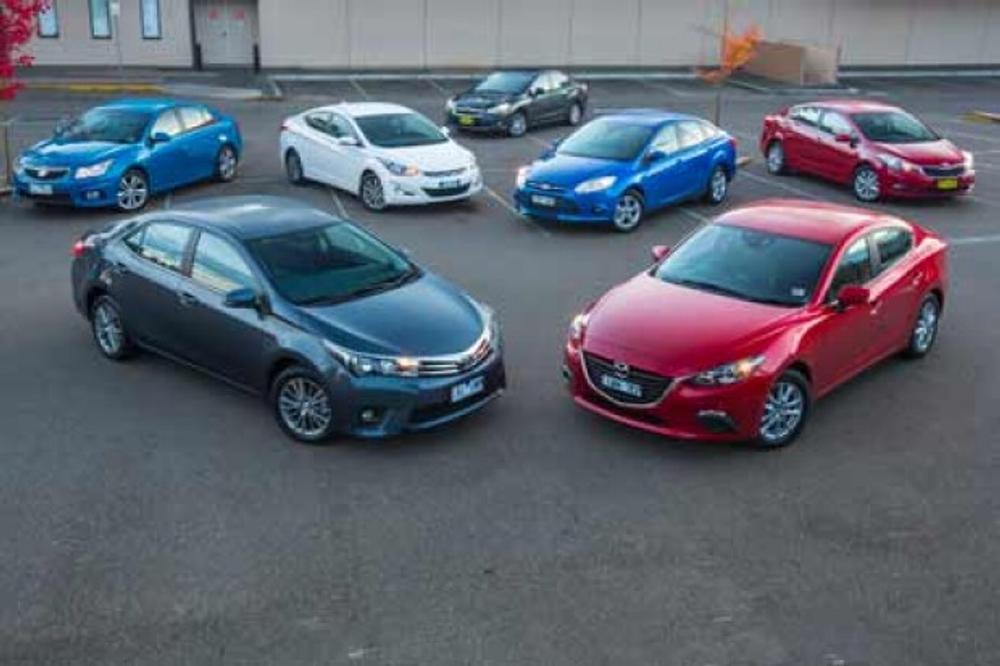 Small sedan comparison review: Ford Focus v Holden Cruze v