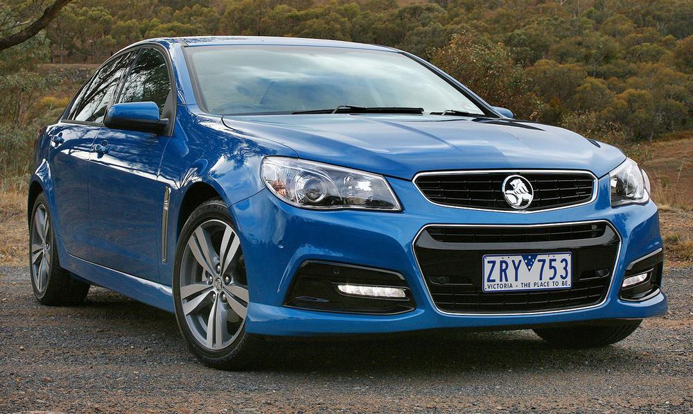 VF Holden Commodore Evoke, SV6, SS, Calais Review