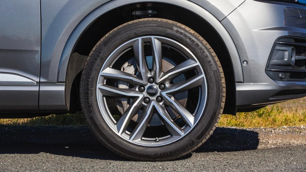 Luxury SUV comparison: Audi Q7 v Volvo XC90 v Porsche Cayenne v