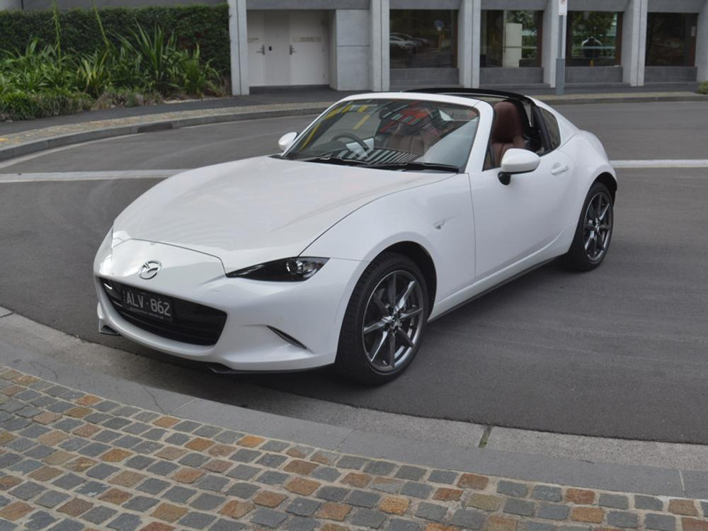 2017 Mazda MX-5 RF GT Review | Convertible Ups The Style