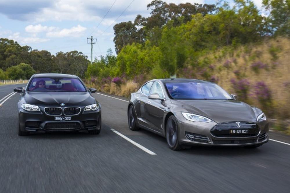 Tesla Model S P85D vs BMW M5 Nighthawk comparison review