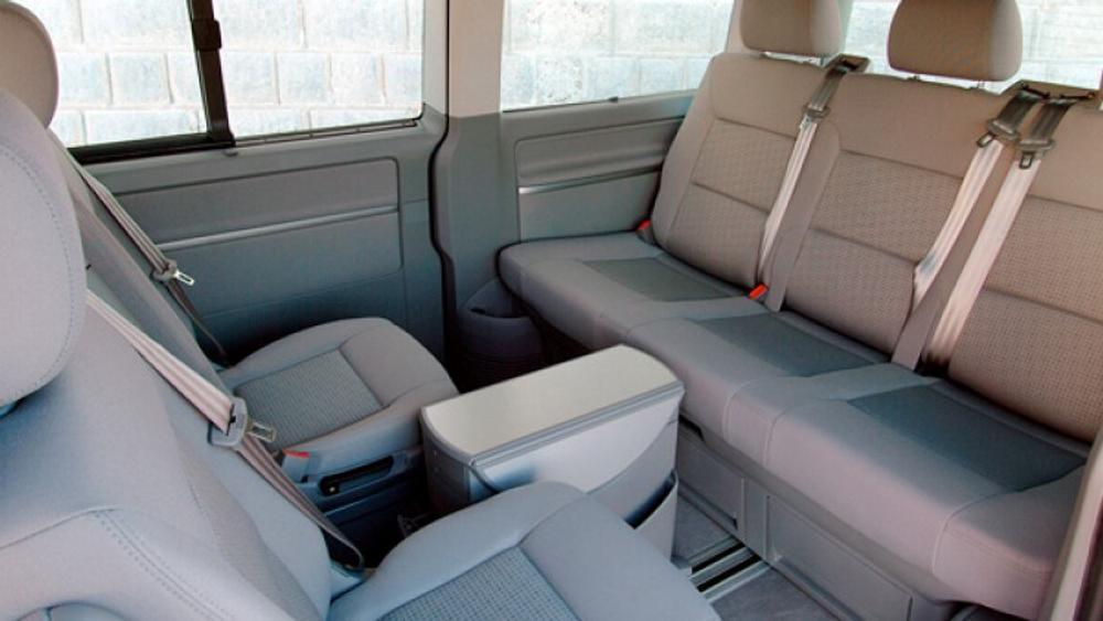 2010 Volkswagen Caravelle