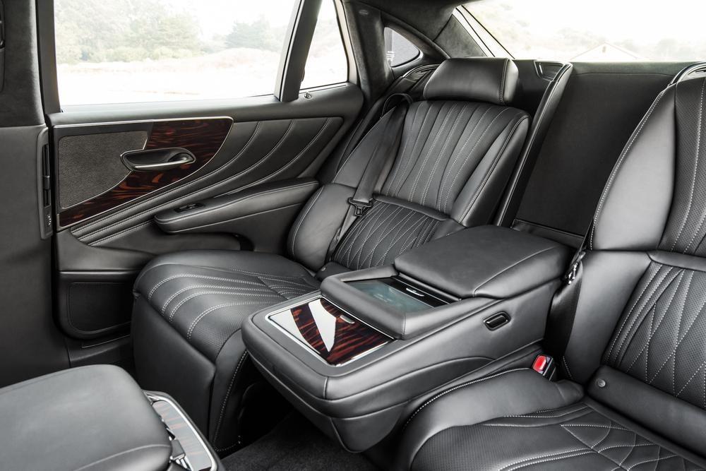 2017 Lexus LS460
