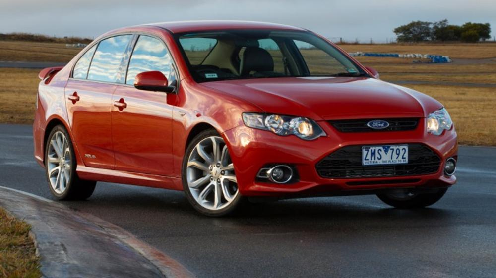 Comparison review: VF Commodore SS v FG Falcon XR6 Turbo
