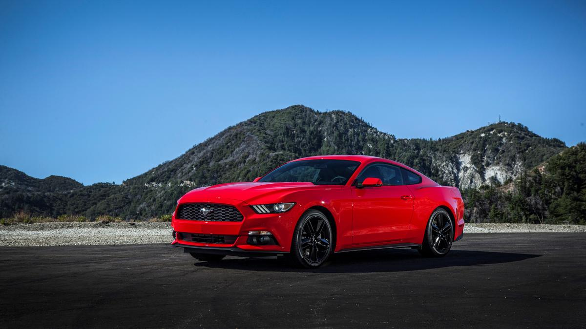 Ford mustang ecoboost 2015 2018 used car review drive car news