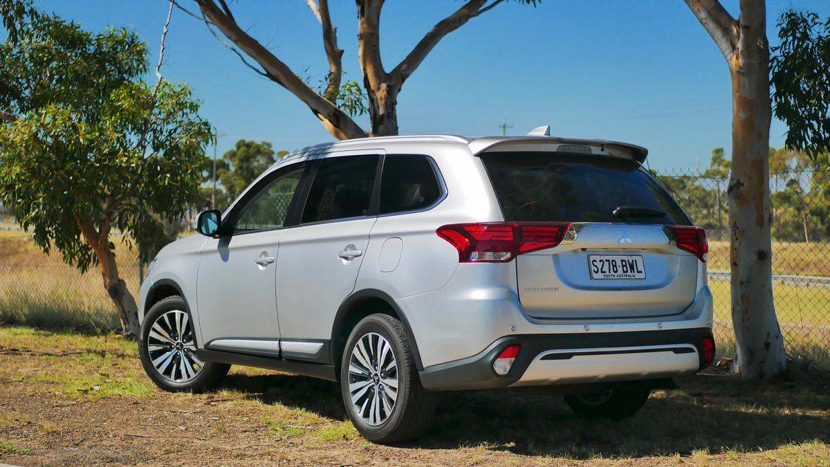 Mitsubishi Outlander 2019 Range Review   Price, Overview