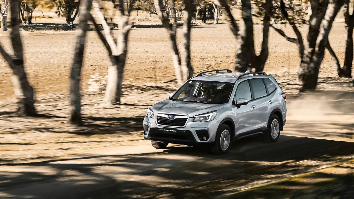 Subaru Forester 2 5i-L 2019 quick spin