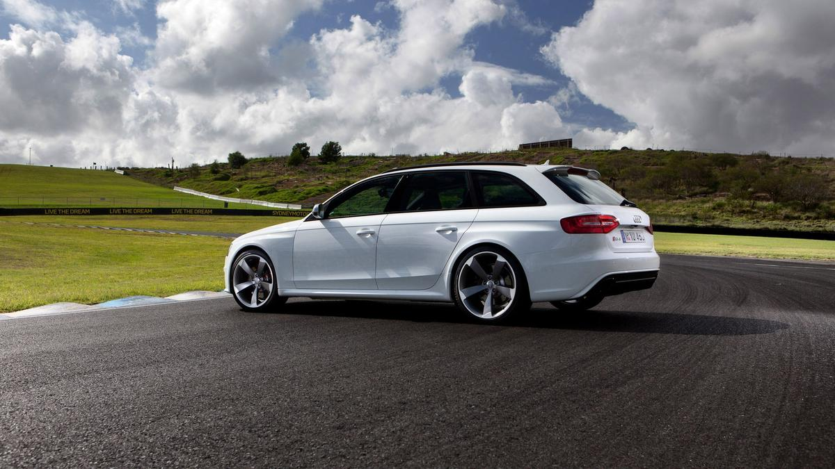 Audi RS4 Used Car Review