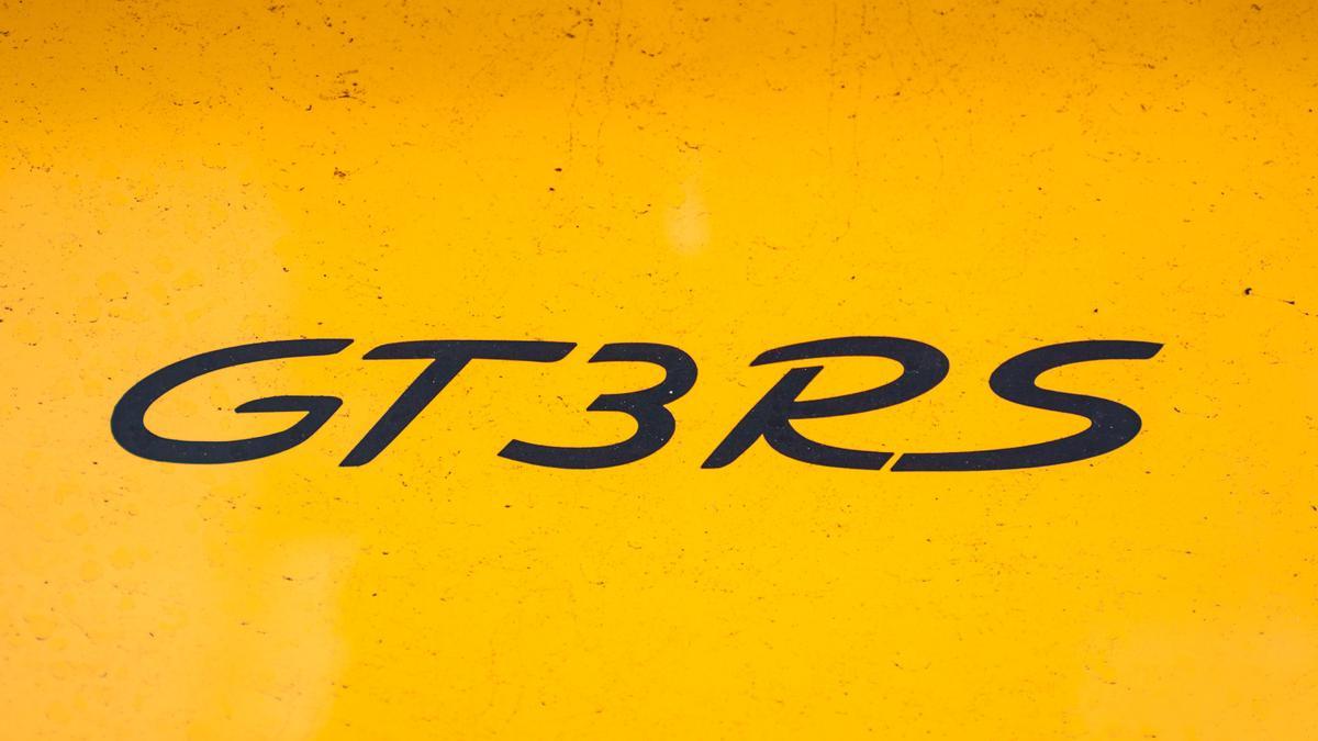Porsche 911 GT3 RS 2018 Review | performance, power, handling